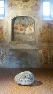 werk van Paladino in Santa Giulia museum Brescia